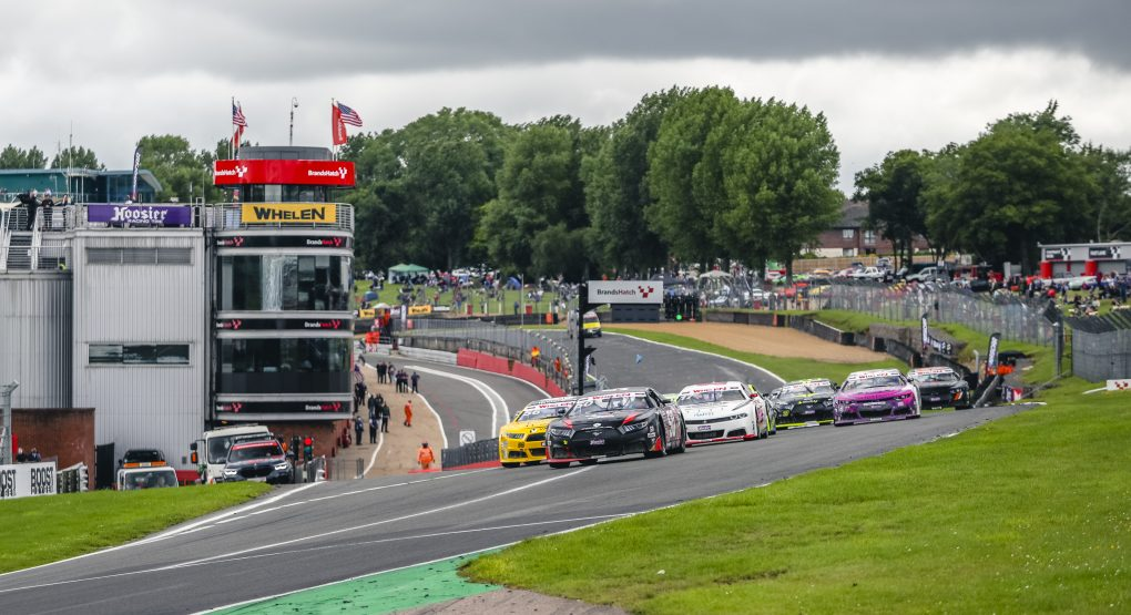 Tobias Dauenhauer scores first win of the season at Brands Hatch Circuit